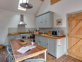 Stables Cottage - Dorset - 994670 - thumbnail photo 4