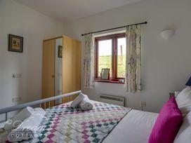 Stables Cottage - Dorset - 994670 - thumbnail photo 9