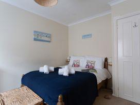 Star Fish Apartment - Dorset - 994671 - thumbnail photo 9