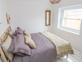 5 Park Place - South Wales - 994680 - thumbnail photo 13