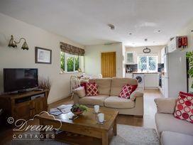 Toll Lodge - Dorset - 994729 - thumbnail photo 2