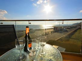 West Bay Apartment - Dorset - 994770 - thumbnail photo 2