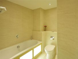 West Bay Apartment - Dorset - 994770 - thumbnail photo 16