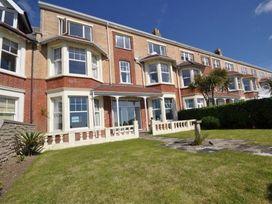 Weymouth Bay Apartment B - Dorset - 994772 - thumbnail photo 3