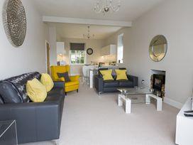 1 The Manor House, Hillfield Village - Devon - 994860 - thumbnail photo 4