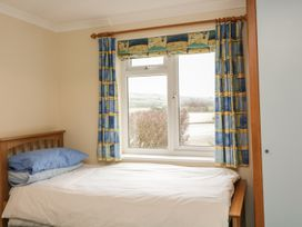 1 Thurlestone Rock - Devon - 994873 - thumbnail photo 8