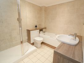 1 Thurlestone Rock - Devon - 994873 - thumbnail photo 11