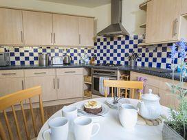 1 Top View Cottages - Devon - 994874 - thumbnail photo 11