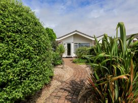 49 Cumber Close - Devon - 995046 - thumbnail photo 2