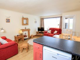 49 Cumber Close - Devon - 995046 - thumbnail photo 5