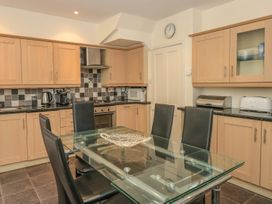 5 Island Street - Devon - 995109 - thumbnail photo 5