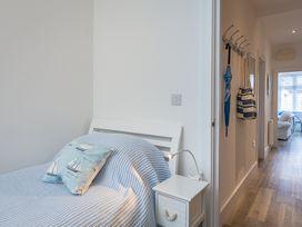 The Apartment, Newcomen Road - Devon - 995208 - thumbnail photo 15