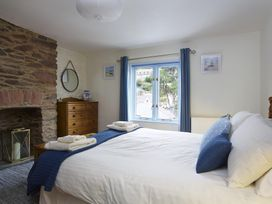 Armada Cottage - Devon - 995213 - thumbnail photo 9