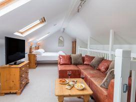 Keepers Lodge, Hillfield Village - Devon - 995541 - thumbnail photo 9