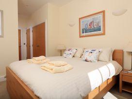 Ocean View Apartment - Devon - 995661 - thumbnail photo 17