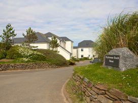 Ocean View Apartment - Devon - 995661 - thumbnail photo 22