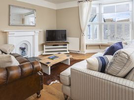 2 bedroom Cottage for rent in Dartmouth