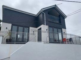 4 bedroom Cottage for rent in Polruan