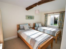 The Hideaway - Cotswolds - 996204 - thumbnail photo 9
