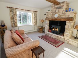 The Hideaway - Cotswolds - 996204 - thumbnail photo 4