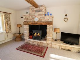 The Hideaway - Cotswolds - 996204 - thumbnail photo 5