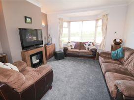 53 Burniston Road - Whitby & North Yorkshire - 996330 - thumbnail photo 3