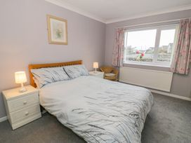 Cororion Cottage - Anglesey - 996683 - thumbnail photo 17