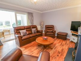 Cororion Cottage - Anglesey - 996683 - thumbnail photo 5