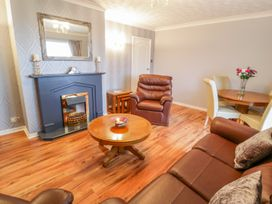 Cororion Cottage - Anglesey - 996683 - thumbnail photo 8