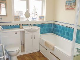 32 Cranleigh Close - Dorset - 997076 - thumbnail photo 11