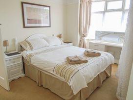 32 Cranleigh Close - Dorset - 997076 - thumbnail photo 8