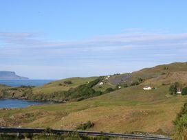 Half of 17 - Scottish Highlands - 997216 - thumbnail photo 23