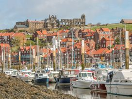 Tyreman's Return - North Yorkshire (incl. Whitby) - 997312 - thumbnail photo 14