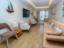 14 St. Georges Road - Cornwall - 997349 - thumbnail photo 2
