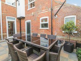 4 bedroom Cottage for rent in Mundesley