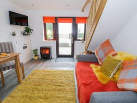 Bwlch Y Gwynt Bach - Anglesey - 997634 - thumbnail photo 4