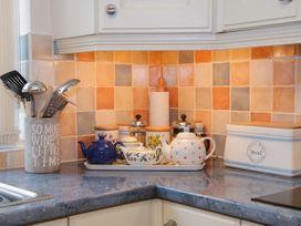 Cream Door Cottage - Cotswolds - 997700 - thumbnail photo 13