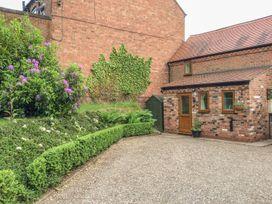 Cream Door Cottage - Cotswolds - 997700 - thumbnail photo 2