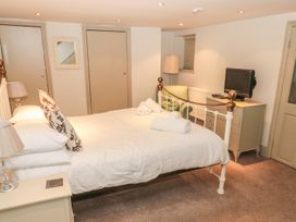 St Elmo's Apartment - Northumberland - 997801 - thumbnail photo 11