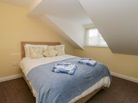 Valiant House - Whitby & North Yorkshire - 997871 - thumbnail photo 20