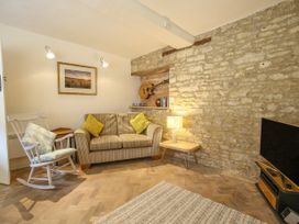 10 George Yard - Cotswolds - 998033 - thumbnail photo 3