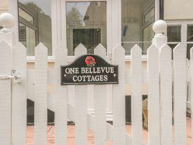 1 Belle Vue Cottage - Somerset & Wiltshire - 998084 - thumbnail photo 2