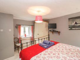 1 Belle Vue Cottage - Somerset & Wiltshire - 998084 - thumbnail photo 14