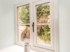 1 Belle Vue Cottage - Somerset & Wiltshire - 998084 - thumbnail photo 16