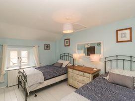 1 Belle Vue Cottage - Somerset & Wiltshire - 998084 - thumbnail photo 18