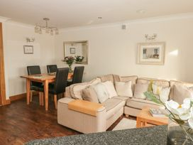 1 Court Cottage, Hillfield Village - Devon - 998086 - thumbnail photo 5
