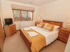 1 Court Cottage, Hillfield Village - Devon - 998086 - thumbnail photo 13