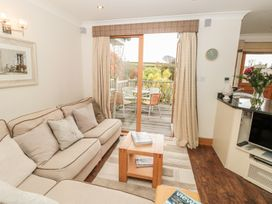1 Court Cottage, Hillfield Village - Devon - 998086 - thumbnail photo 3