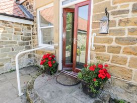 Plum Cottage - North Yorkshire (incl. Whitby) - 998097 - thumbnail photo 32