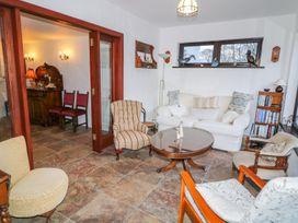 Woodleigh Cottage - Antrim - 998119 - thumbnail photo 17